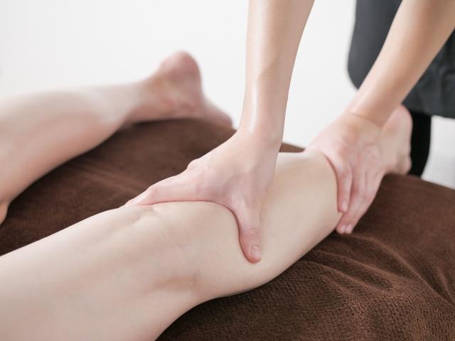 身体の巡りを整える施術でむくみの根本から改善します