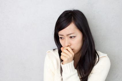 基礎体温が安定せずに悩む女性